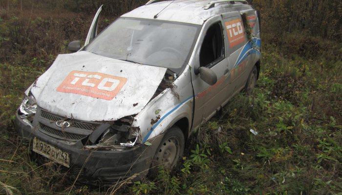 ВКировской области наПобедиловском тракте перевернулась машина