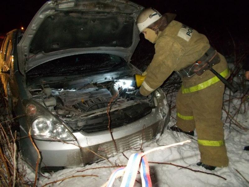В Кировской области за день в кювет вылетели два автомобиля