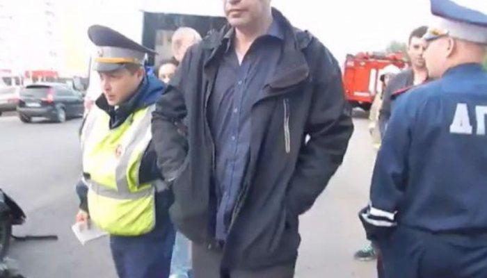 ВКирове нетрезвый работник УФСИН устроил крупное ДТП спострадавшими