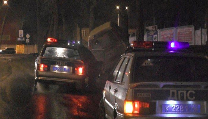 ВЯранском районе нетрезвого бесправника остановили при помощи выстрелов поколесам