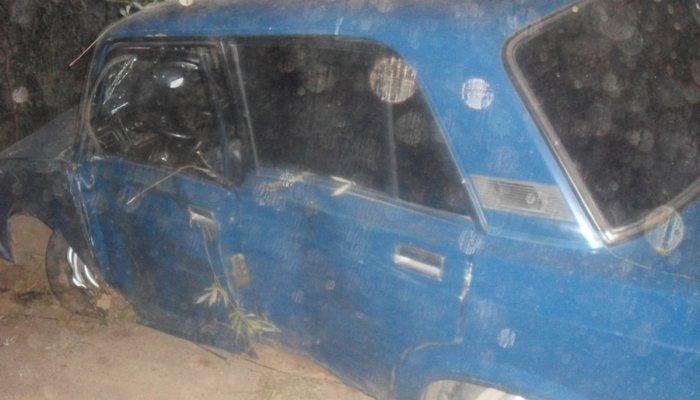 26-летний бесправник зарулем «ВАЗа» врезался вдерево вКирове